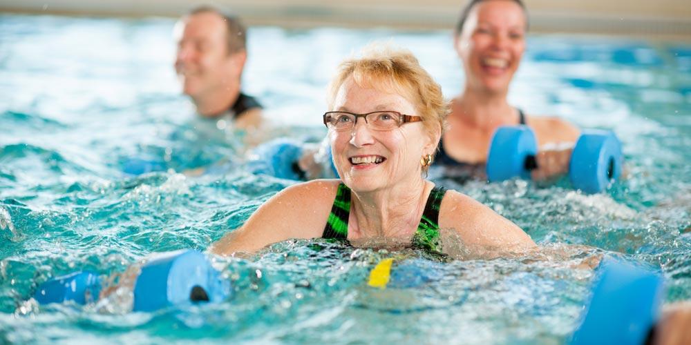 Wassergymnastik und Aquajogging